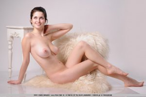 Zubida japanese mature women classified ads Carignan QC